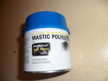 >Mastic polyester