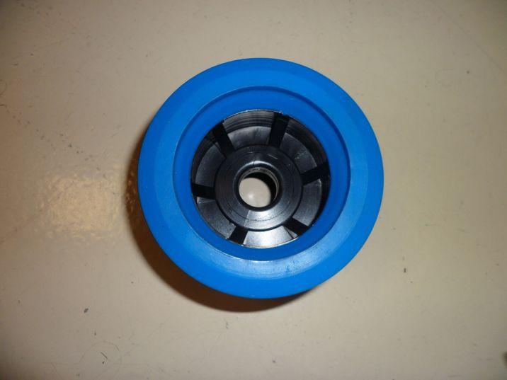 Roue oscillante bleue